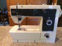 montgomery_ward_1949_sewing_machine